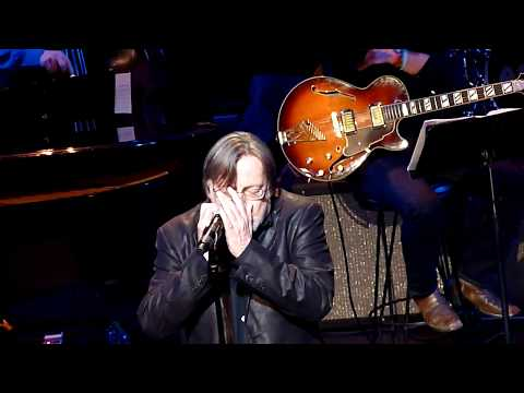 SOUTHSIDE JOHNNY - billie`s blues - LIVE @ APOLLO NYC 16-5-2017
