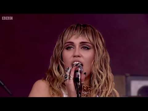Miley Cyrus - Cattitude (live) Fan Edit