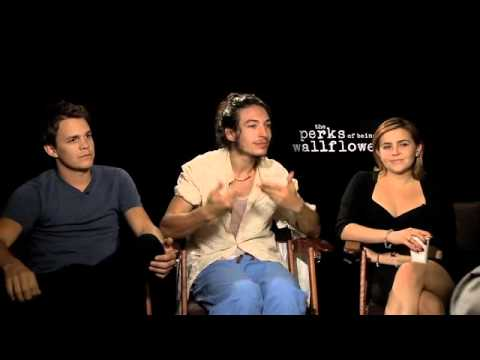 """Ezra Miller, Johnny Simmons, Mae Whitman Interview """"The Perks of Being a Wallflower"""""""