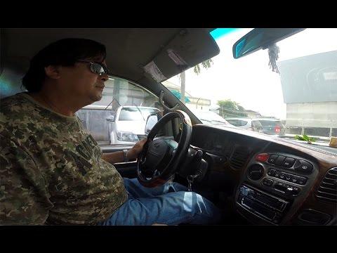 บรรยากาศหน้า ตม.ลาว ซิ่งไปกับรถฮุนได..รถมือสองในลาวนี่ก็เยอะแหะ