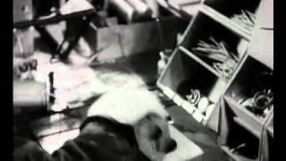 Výroba rozhlasových přijímačů - Philips rádio
