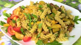 Кабачки с грудинкой и с макаронами - легко , просто , быстро и вкусно !