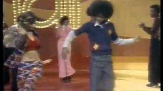 Soul Train Line Dance to The O Jays  Love Train