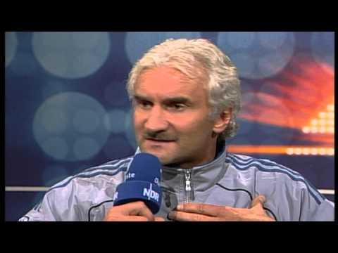 Rudi Völler - die Wutrede feiert 10-jähriges Jubiläum | ZwWdF