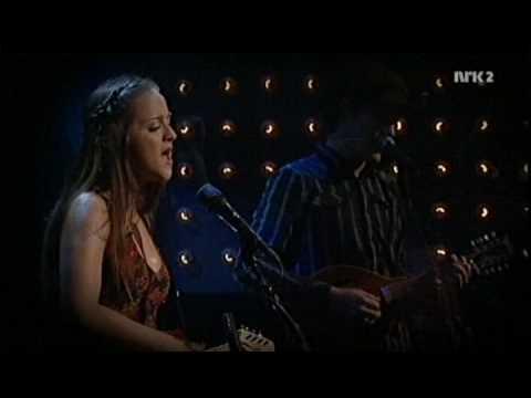 Siri Nilsen - Alt som er ingenting (live, 2008)