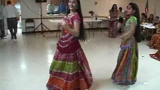 Waha Waha Ramji, Aaja Nachle and Bindiya Chamkegi Dance