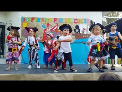 Fiesta de fin de curso de Belén - Patapalo es un pirata malo