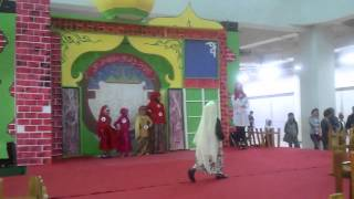 Lomba Fashion Show Busana Muslim Anak di Mall Top 100 Batam 2012