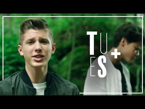 Evan et Marco (The Voice Kids/TF1) : Mcdo ou Kinder ? Série ou film ? Foot ou rugby
