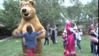 Маша и Медведь в Алматы(, 2015-12-14T09:52:47.000Z)