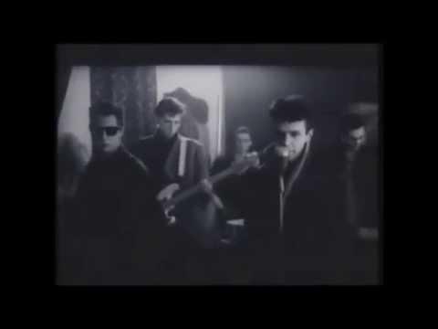 la union - lobo hombre en paris VIDEOCLIP OFICIAL (Rock en español) 1984