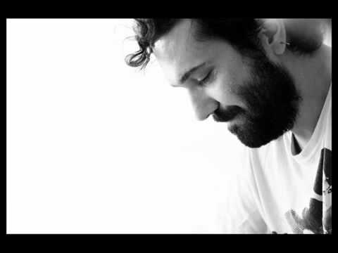 Halil Sezai Paracıkoğlu - Paramparça