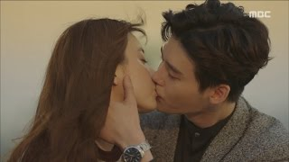 Video [W] ep.16 The 'real' ending of Lee Jong-suk and Han Hyo-joo's love story 20160914 download MP3, 3GP, MP4, WEBM, AVI, FLV Februari 2018