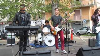 SphereLess--Karma Police-(Radiohead Cover)-(live at Piazza N.S di Guadalupe)