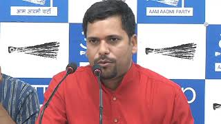 Video Aap MLA Sanjeev Jha Briefs Media on the Corruption of PWD Secretary download MP3, 3GP, MP4, WEBM, AVI, FLV September 2017