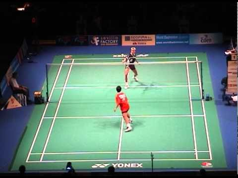 2001 World Badminton Championships - MS Final - Where are you going Peter? (2/3)