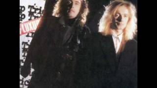 Watch Cheap Trick All Wound Up video