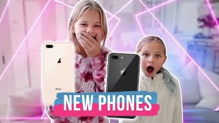 Reese And Perri Get Their First iPhone  The LeRoys