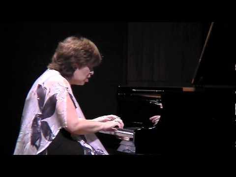 Dina Yoffe plays Chopin Scherzo n.2