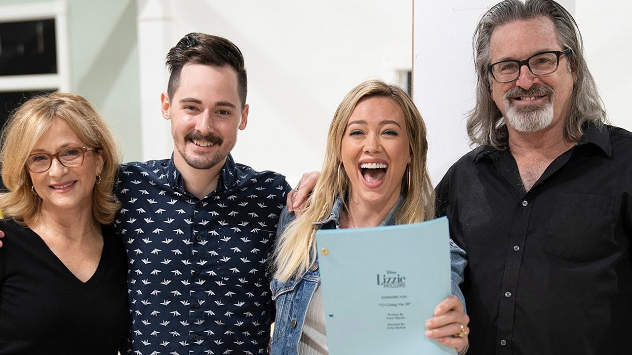 Hilary Duff reunites with TV family for 'Lizzie McGuire' reboot: See ...