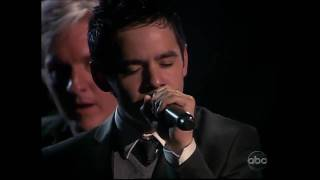 David Archuleta singing Contigo en la distancia at ALMA Awards