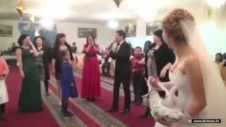 Женищны подрались за букет на свадьбе