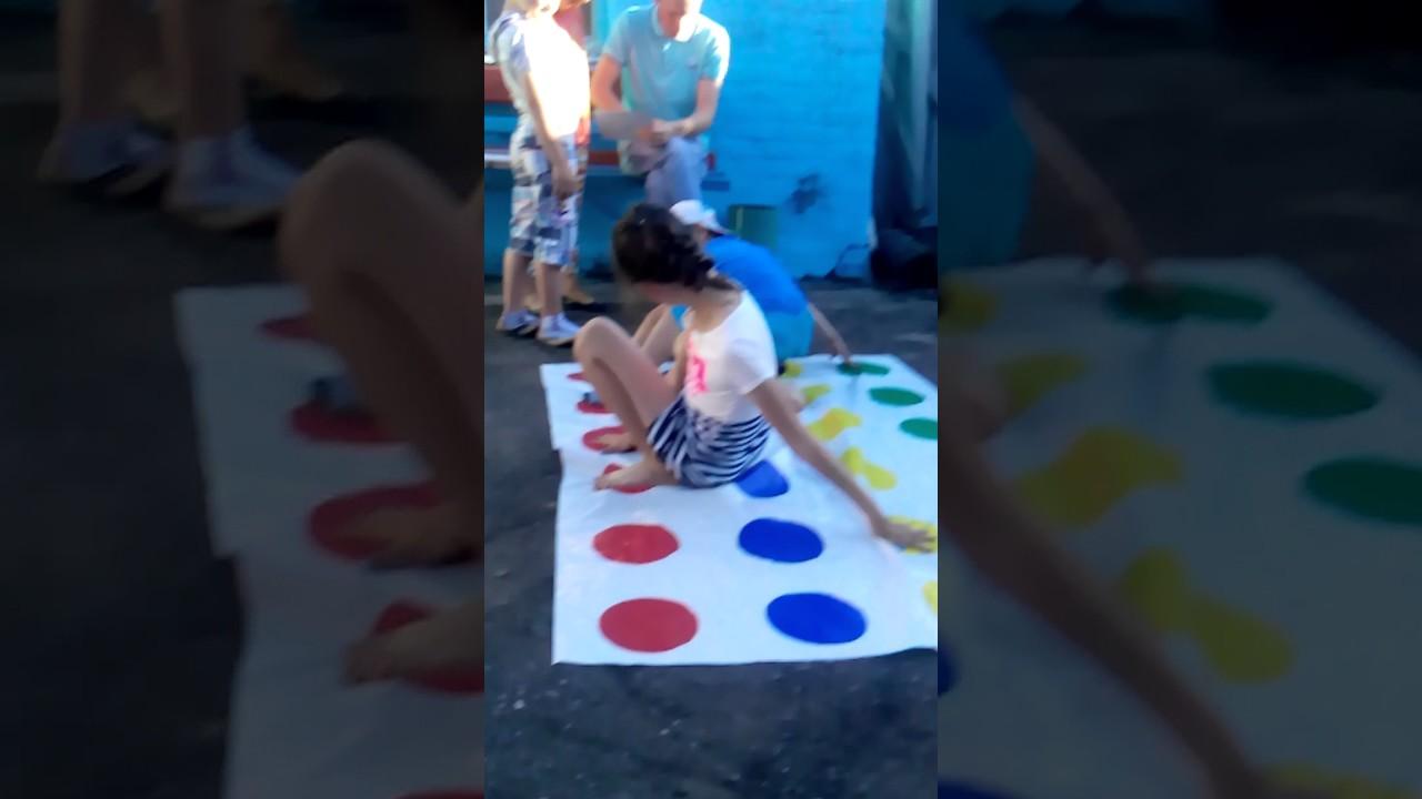 Твистер как мы играем / мой день рождения