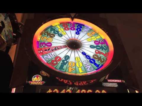 Monopoly Luxury Diamonds Slot Machine