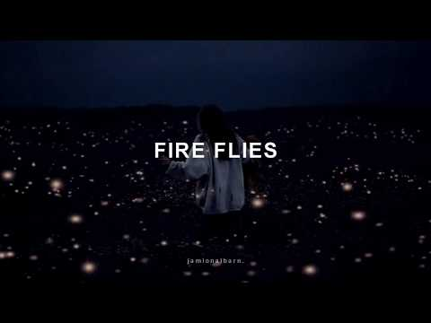 Gorillaz - Fire Flies (Subtitulado Al Español)