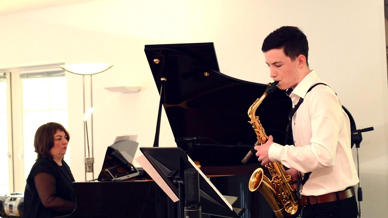 Download Niklas Mähr / Foxy Music (P. Geiss) / Musikschule Rankweil-Vorderland