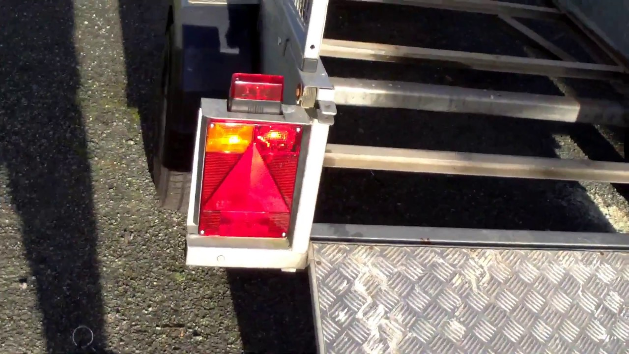 Replace trailer lights and plywood floor - YouTube