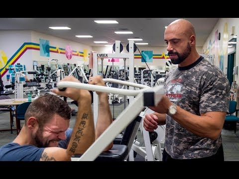 Syracuse personal trainer Nick Murphy helps Ronnie Brower lose 500 pounds