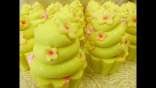 Could these be the prettiest Cupcake Soaps I've ever made? & Giveaway CLOSED