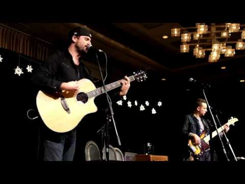O Holy Night | Jackson Michelson | Live at 99.5 The Wolf Hometown Holiday Show