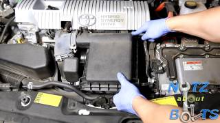 2010-2015 Toyota Prius engine air filter replacement