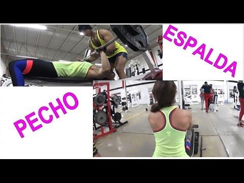 ejercicios de pecho y espalda mujeres