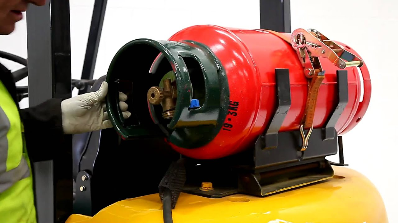 How to safely change a forklift truck gas bottle youtube