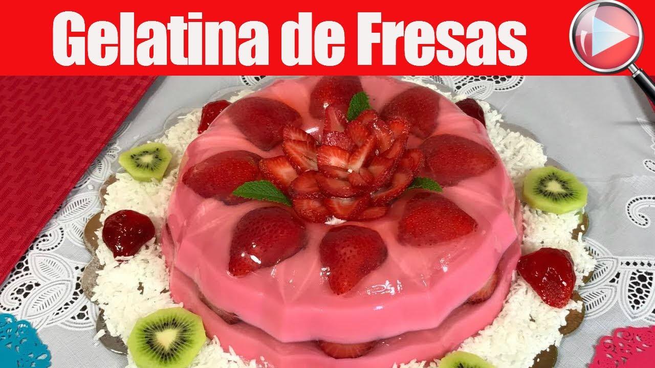 Gelatina De Fresas Encapsuladas Con Gelatina Transparente