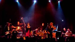The Tiffids - Tarrilup Bridge [Live - Gagarin Athens 2010] [HD]