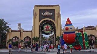 Universal Studios 2014 Christmas and Holiday Decorations |  Universal Orlando Resort