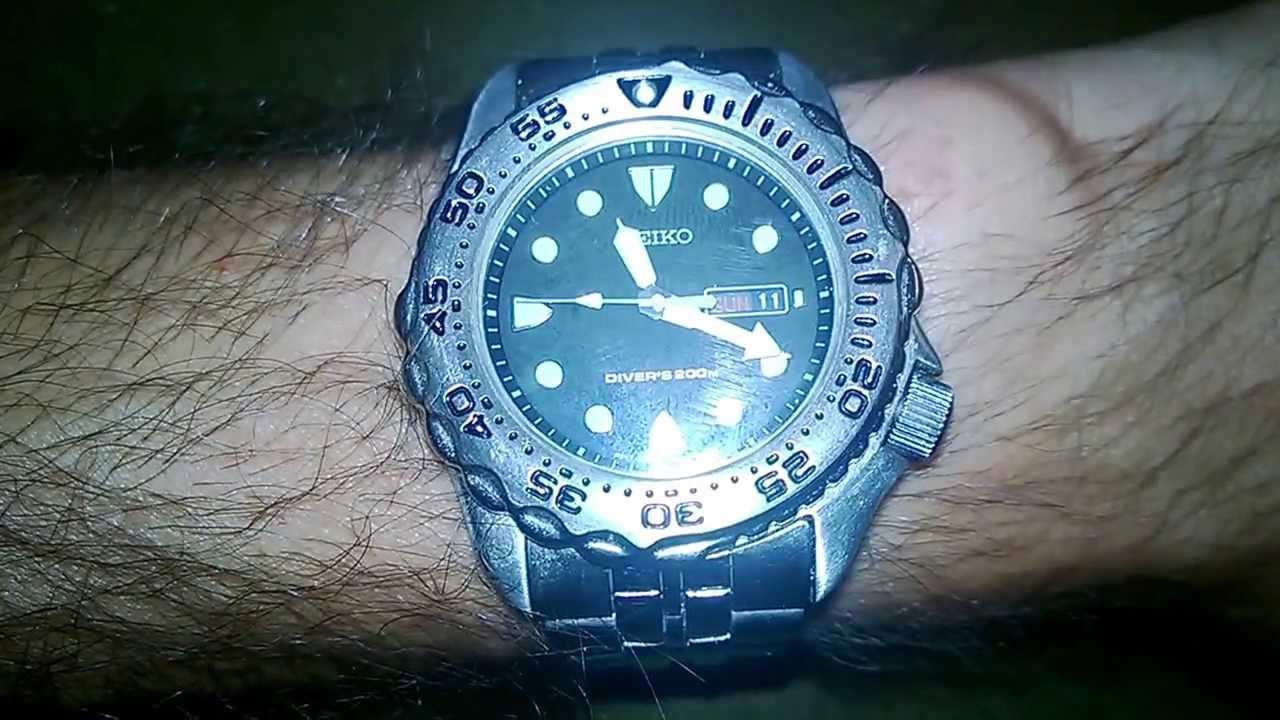 405a2d5b2d12 SEIKO Quartz SHC041 Diver s 200m Review - YouTube