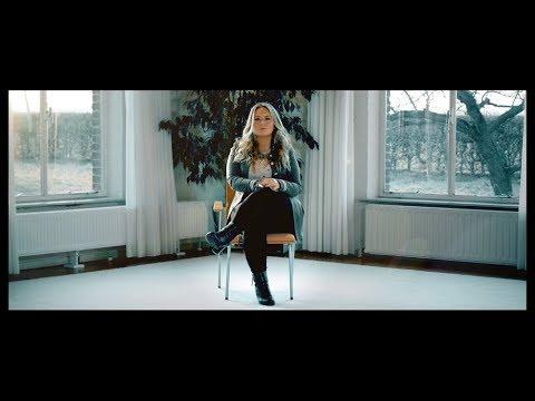 Richelle van Ling - Toch zal ik lachen als je gaat (Officiële videoclip)