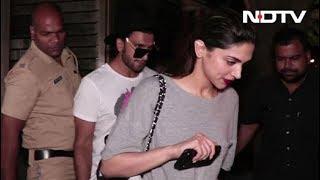 Spotted! Ranveer Singh & Deepika Padukone Outside Zoya Akhtar's House