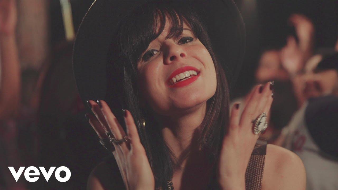 Marcela Tais - Ame Mais, Julgue Menos (Videoclipe)