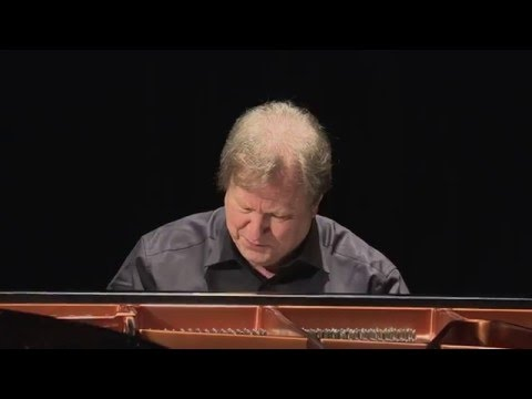 ROLAND BATIK - Haydn: Sonata in C (Hob. XVI:1)