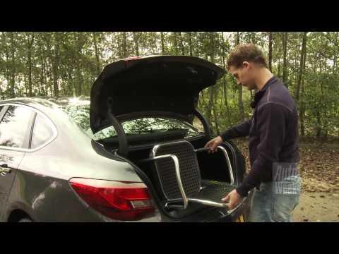 Opel Astra sedan roadtest