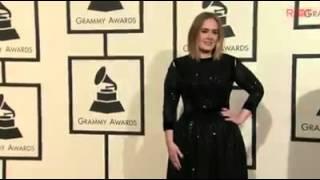 Adele alfombra Roja Grammys