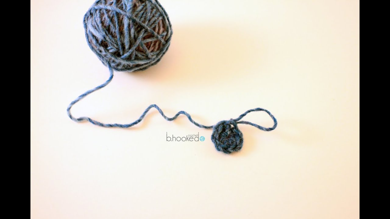 How to Crochet the Magic Ring with Half Double Crochet - YouTube