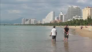 Пляж Санья Бэй у острова Феникс, г. Санья, остров Хайнань, Китай ???? ☀️ ⛅️