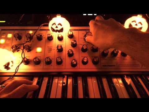 Moog Sub Phatty Explorations 5 - Halloween Drone with Evaton Technologies RF Nomad